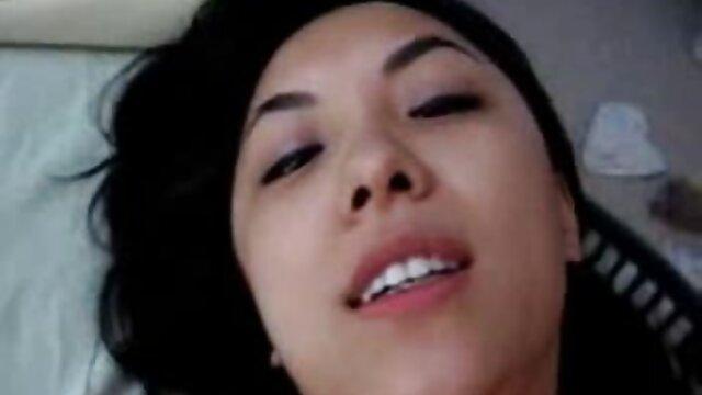 Isabel porno por el lano im Restaurante
