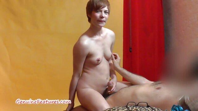 Sexy rubia transexual A la mierda una cosas grandes por el culo chica