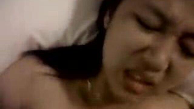 Electa videos porno por ano mamadas