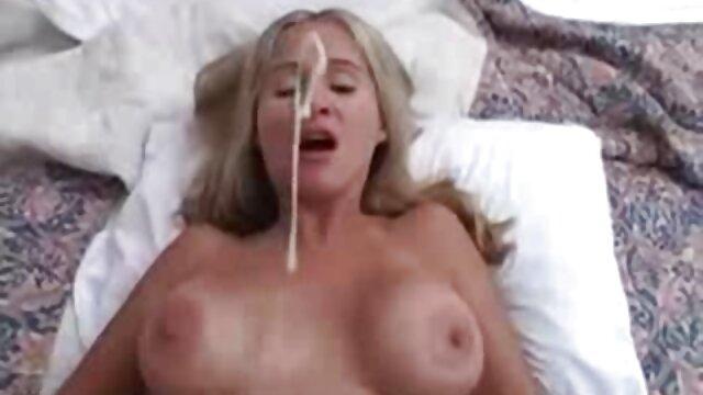 2 lesbianas increíbles se chupan los labios del cogidas por el ano coño