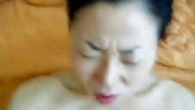 Striptease sexo gratis por el ano elodie 3