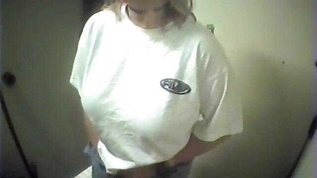 Pornmeisters moliendo porno gratis por el ano garganta profunda - 2 vídeos