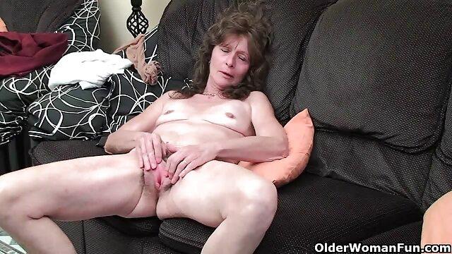 MOM MILF natural xxx virgenes por el ano hace el amor con su hombre