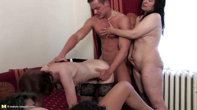 Adoración intensa del videos porno por ano pie por rubia