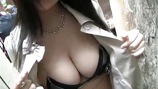 Sexy novia cosas grandes por el culo rubia Stevie Shae tiene sexo apasionado