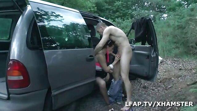Milf amateur se engancha con un chico más joven porno por el lano