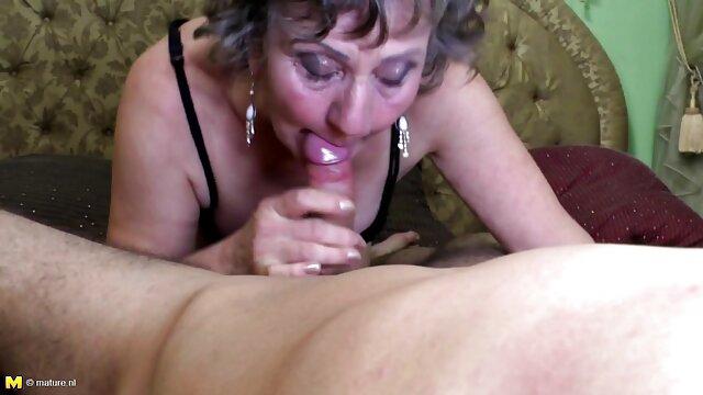 Tu mamá porno virgen por el ano caliente - Escena 2 Diamond Foxxx