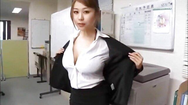 Webcam puta xxx solo por el ano muestra tetas
